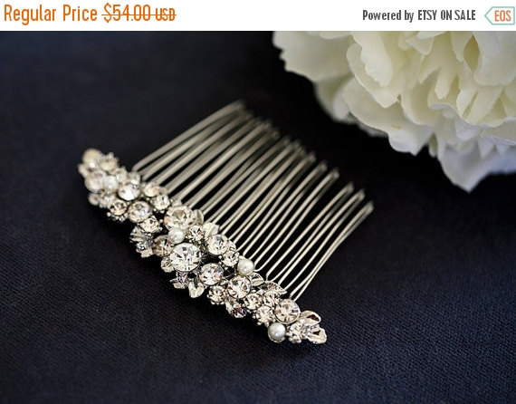 Свадьба - SALE - Dazzling Rhinestones hair comb -  crystal hair comb - wedding headpiece - Made to order