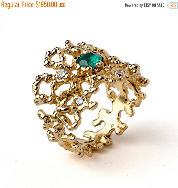 Mariage - ON SALE - CORAL 14k Gold Emerald Ring, Gold Green Emerald Engagement Ring, Gold Statement Ring, Natural Emerald Ring Band, Wide Gold Ring