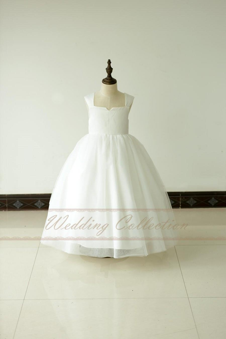 Hochzeit - Flower Girl Dress Cap Sleeves Tulle Ball Gown Tea Length