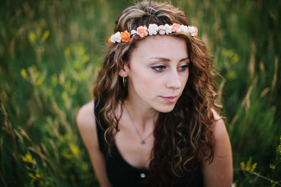Hochzeit - Peach Flower Crown, rustic wedding, Bohemian, bridesmaids, peonies, Woodland, spring, summer peach, orange wedding, peach wedding
