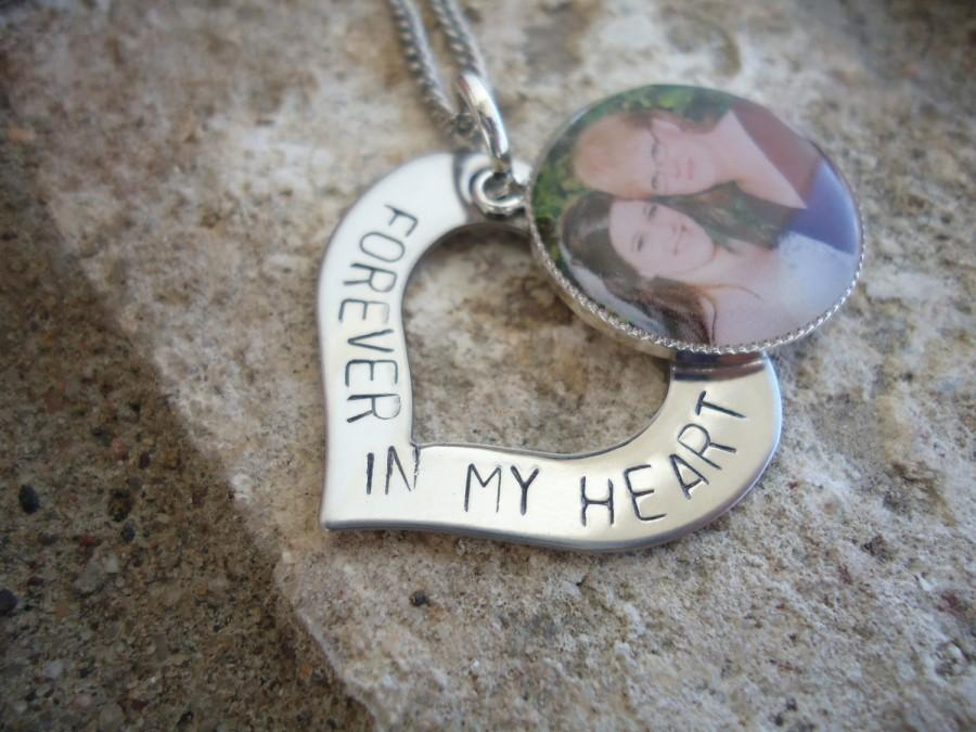 """Mariage - Memory Photo Necklace Hand Stamped Heart """"Forever in my heart"""" Necklace - In Loving Memory Necklace - Sympathy Gift"""