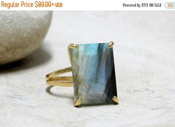 Mariage - SUMMER SALE - Gold ring,Labradorite ring,rectangle ring,gold statement ring,bridal ring,engagement ring,rectangular stone ring
