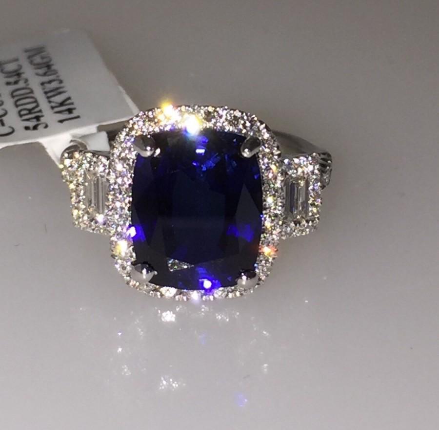 Mariage - Sapphire & Genuine Diamond Engagement Ring 14kt White Gold Halo Engagement Ring 3 stone Anniversary Ring Pristine Custom Rings