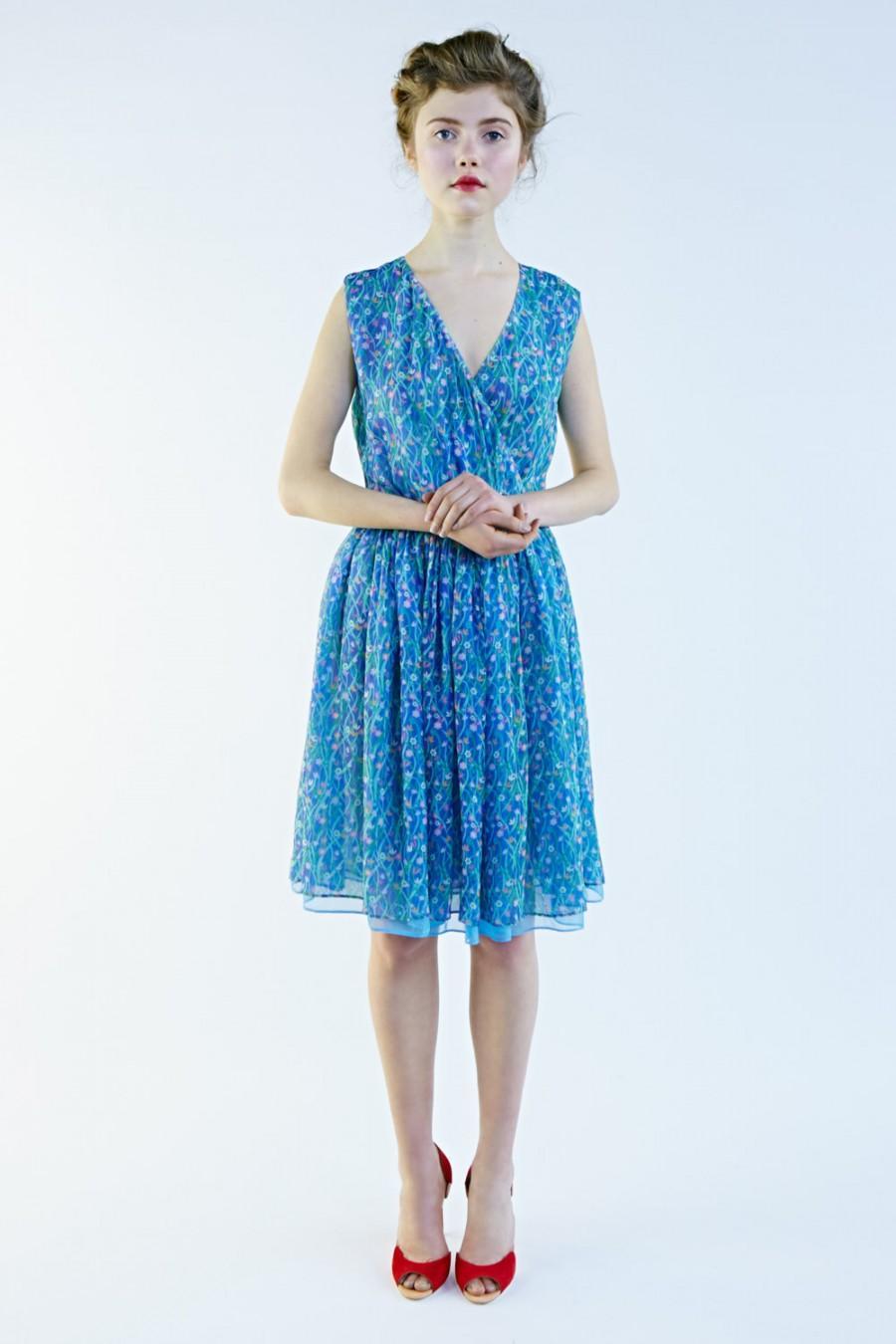 2019 year lifestyle- Silk blue chiffon dress