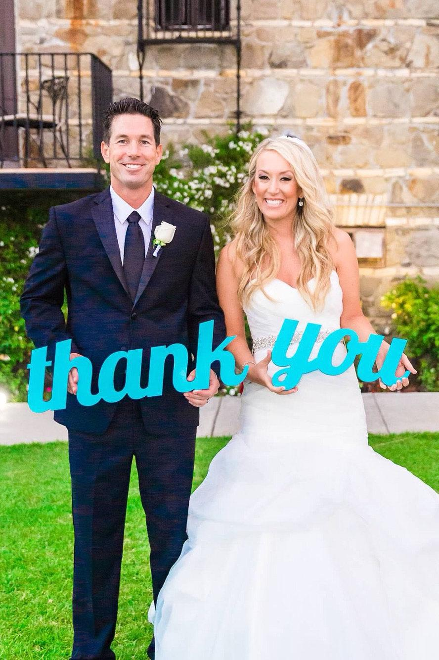 Mariage - Thank You Wedding Sign for Photography - Wedding Thank You Sign for Rustic Weddings - Thank You Card Photo Prop (Item - TYU200)