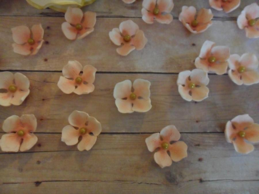 Mariage - Sugar Hydrangea ~ Edible Hydrangea ~ Wedding Cake ~ Wedding Cake Toppers ~ Edible Flowers ~ Filler Flowers