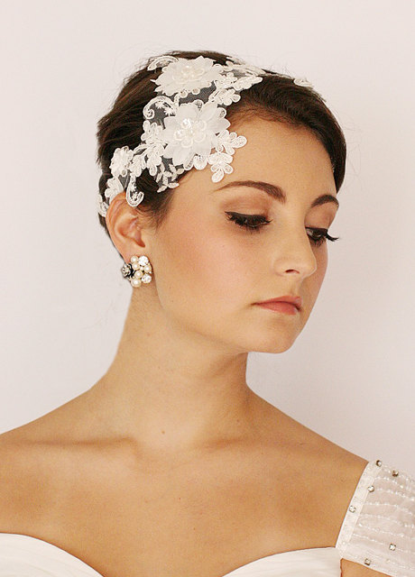 Свадьба - Leaf And Flower, Lace Embellished, Bridal Hair Comb, Bridal Headpiece, Bridal Accessories
