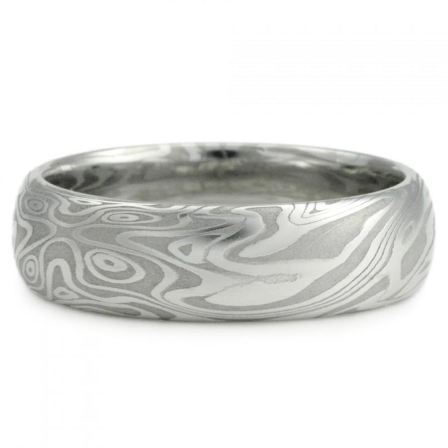 titanium buzz unique stylish wedding rings review damascus steel wedding bands One of the stand outs is the bold Aggressive Damascus Steel Ring Although lightweight it is durable and the design means nothing but business