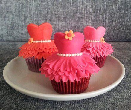 زفاف - Tutu Dress Cupcakes