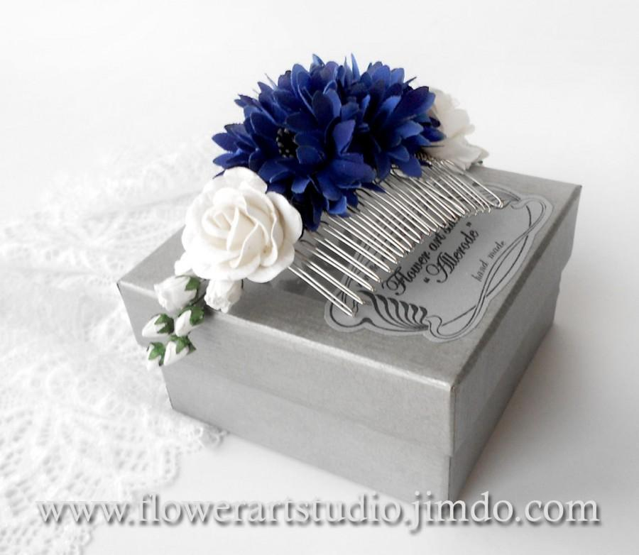 Hochzeit - Royal Blue and White Flower Comb, Blue Bridal Headpiece, Cornflower Bridal Comb, Royal Blue Bridal Hair Flower, Rustic Style Hair Comb.