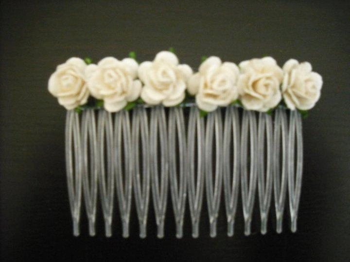 Free uk delivery wedding accessories hair piece bride bridesmaid free uk delivery wedding accessories hair piece bride bridesmaid gift christening bridal hair comb maid of honor cream white ivory roses junglespirit Image collections