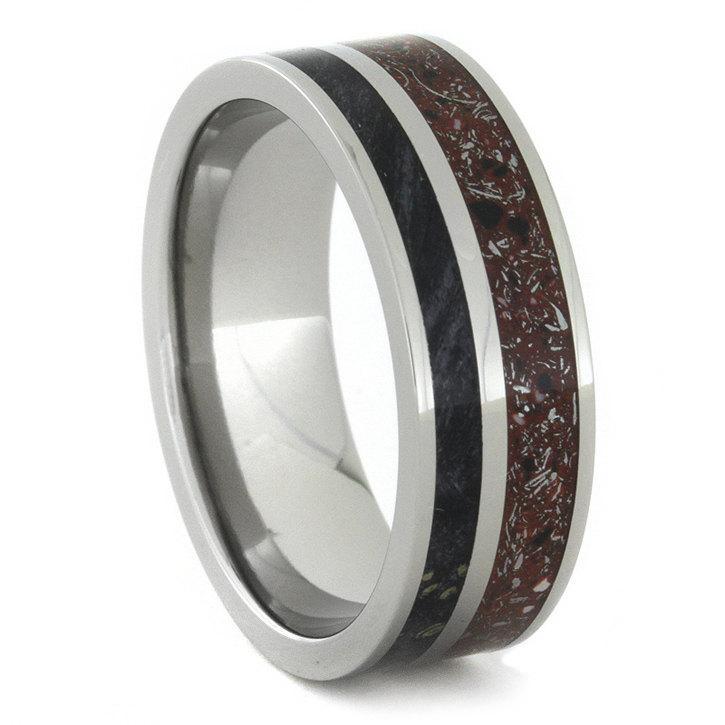 زفاف - Red Stardust and Black Box Elder Wood Ring in Titanium Sleeve