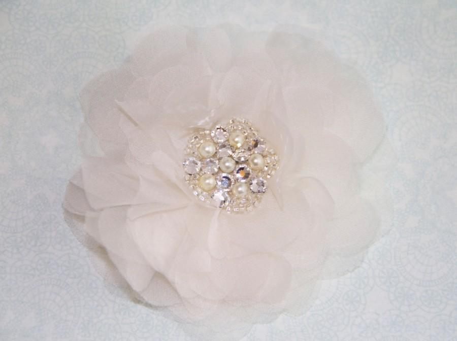 Mariage - Bridal Hair Flower in Silk Organza with Crystal Pearl Center, 3 Inch Wedding Hair Clip, White or Ivory, Style 2049, Made to Order