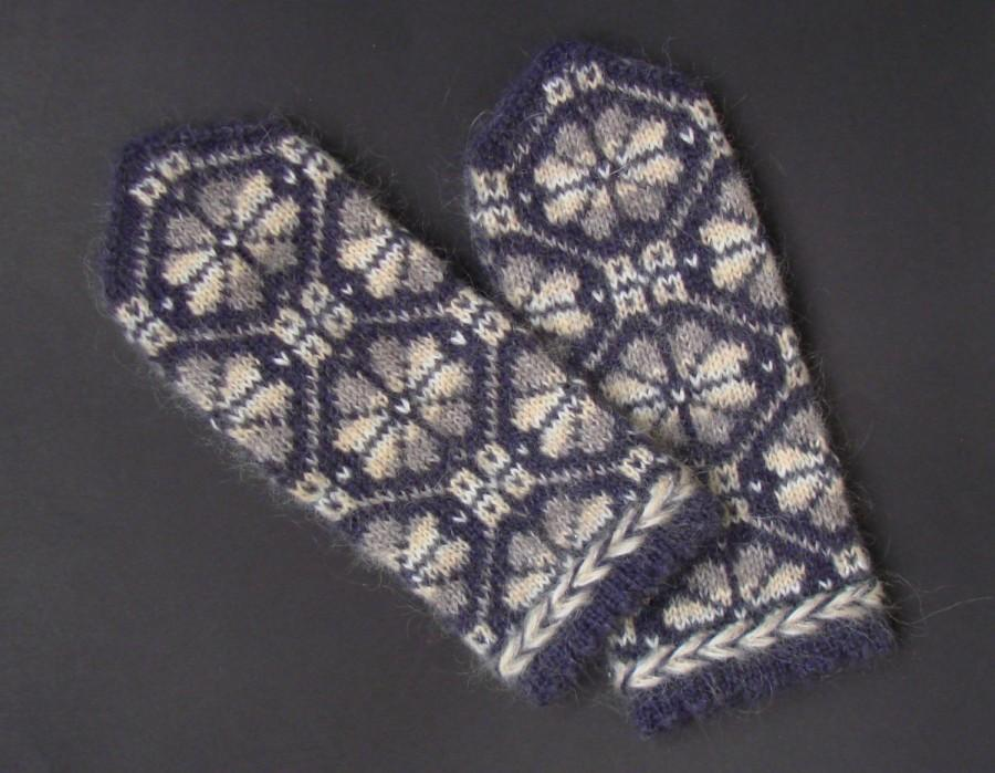 Hochzeit - Hand knitted mohair mittens Tinted white cream gray latvian ornament on a dark gray-brown background Very warm soft mittens Mohair gloves