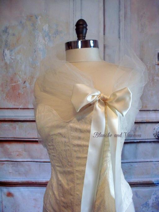 Hochzeit - Ivory Tulle Shawl Tulle Shrug Tulle Bolero Soft White Evening Wrap Portrait Stole Wedding Shawl