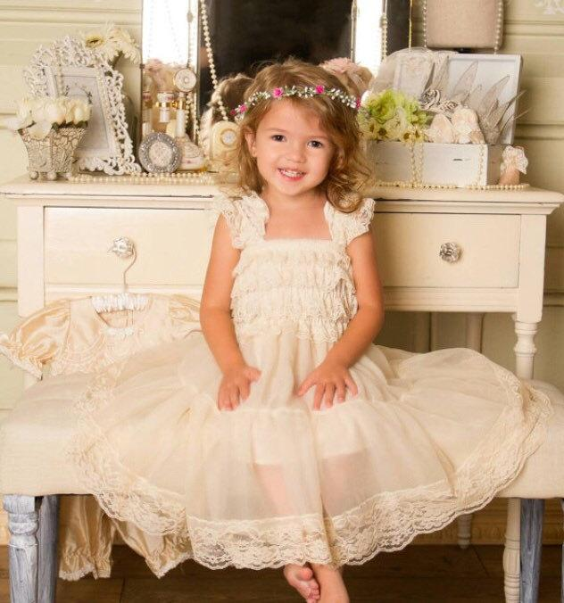 Lace flower girl dresses 2t champagne