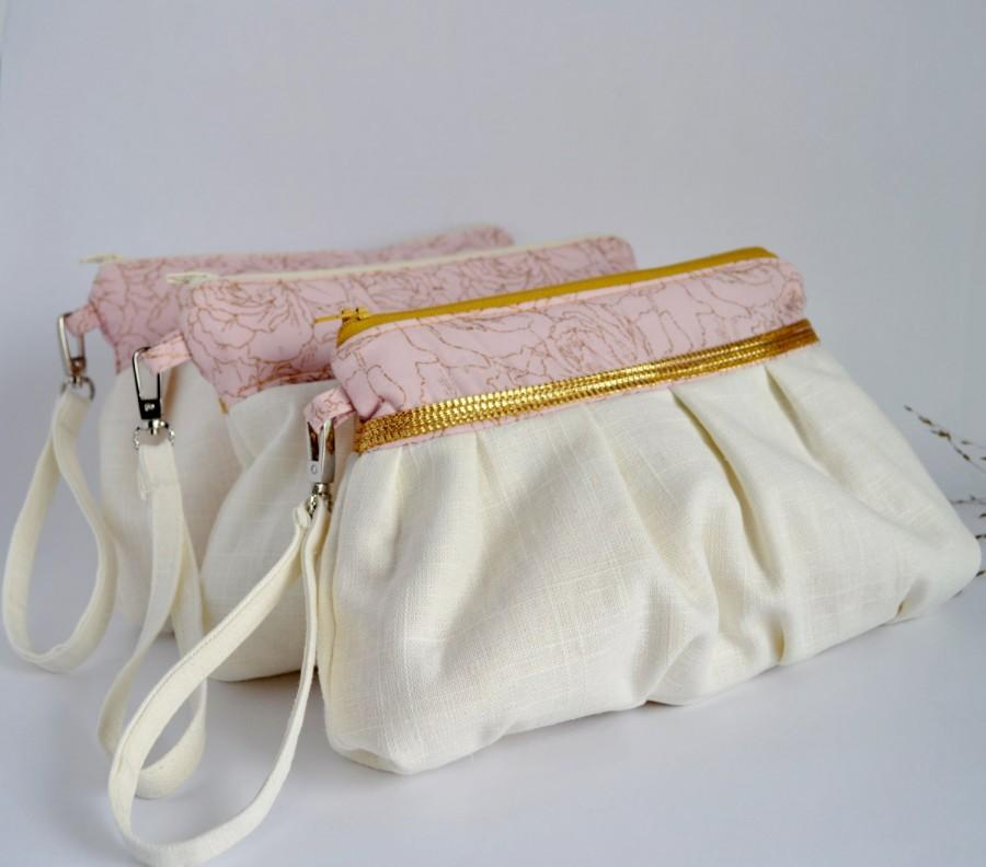 Mariage - Set of 3 Bridesmaid Clutch Pleated Wristlet Pouch Clutch Golden Stripe Ivory Pink Beige Floral Bridesmaid Gift Linen Cotton