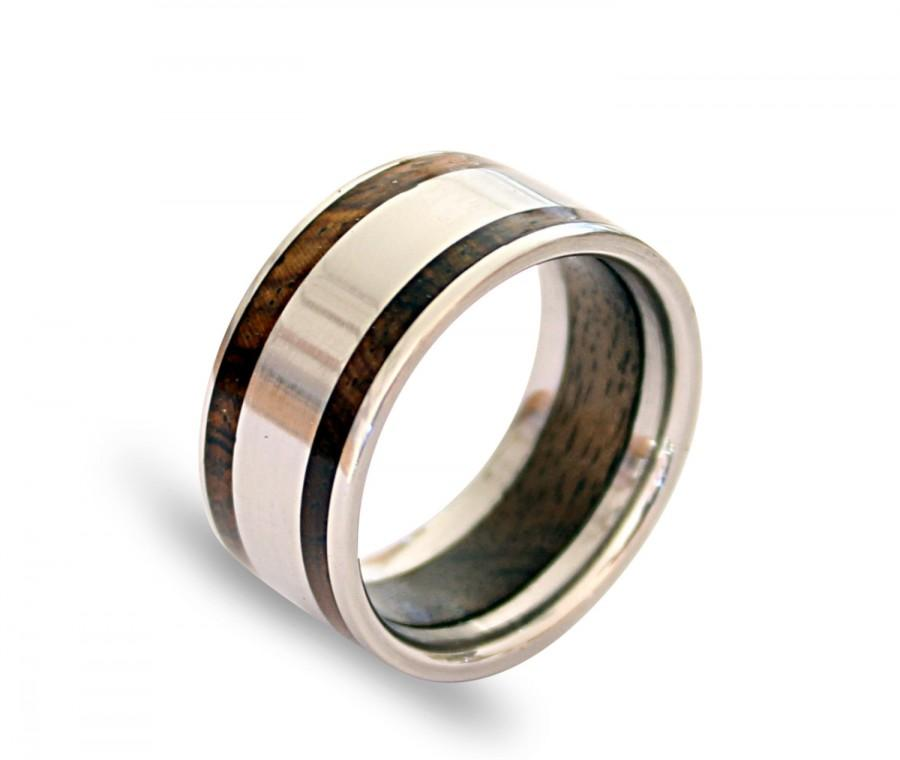 Wedding - Titanium mens ring with oak wood inner inlay and inlaid with cocobolo wood on two sides
