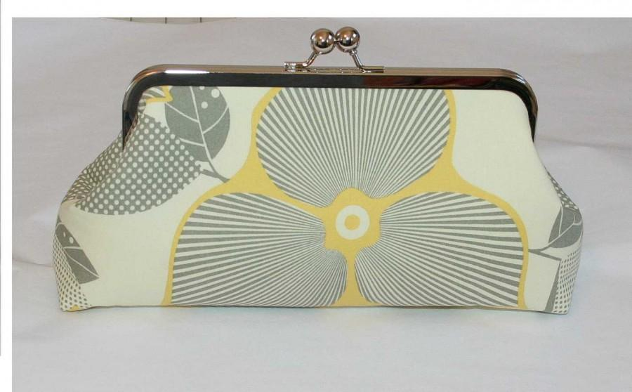 Mariage - Yellow Grey Clutch/Bridesmaid Clutch Amy Butler Optic Blossom Linen