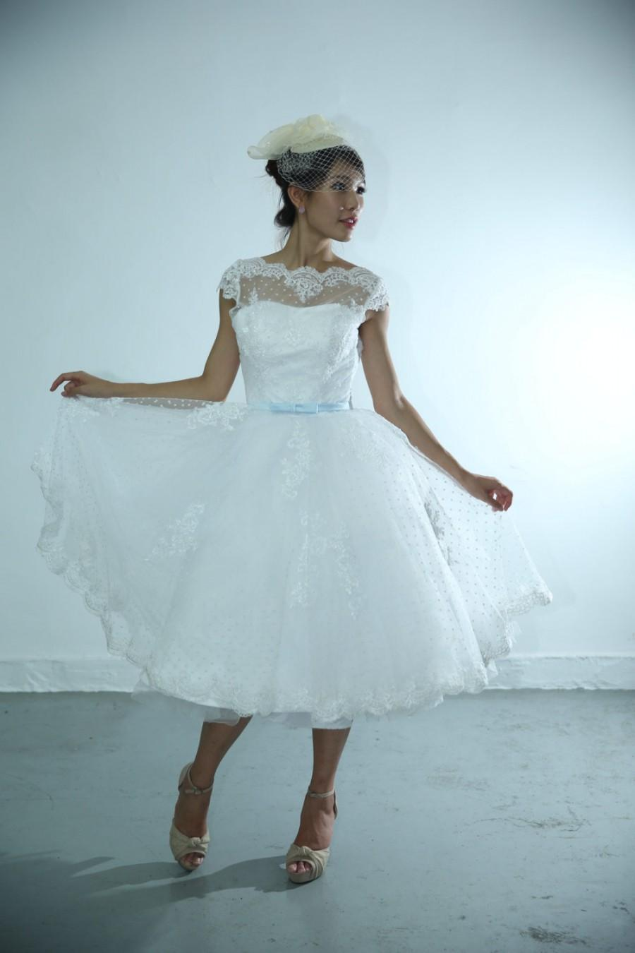 50shouse 50s inspired retro feel polka dot lace neckline for 50s inspired wedding dress
