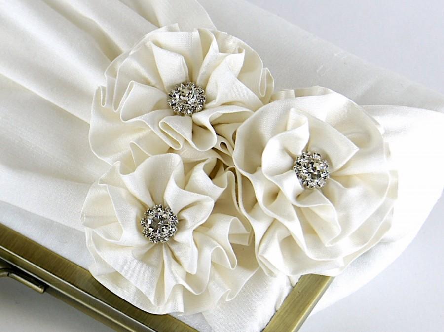 زفاف - Roses with Rhinestone Silk Clutch, wedding clutch, wedding bag, bridesmaid clutch, Bridal clutch, Purse for wedding
