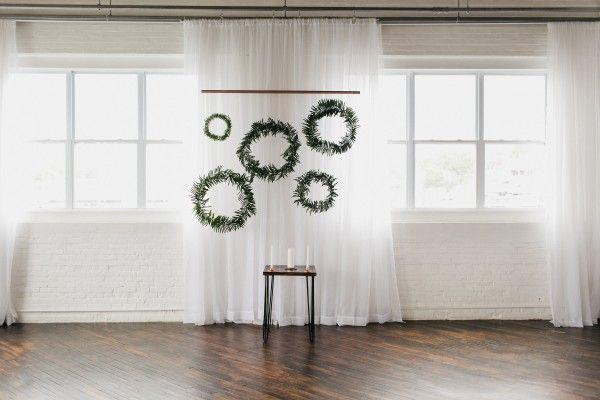 Hochzeit - This Reading Art Works Wedding Takes Modern Minimalism To The Next Level