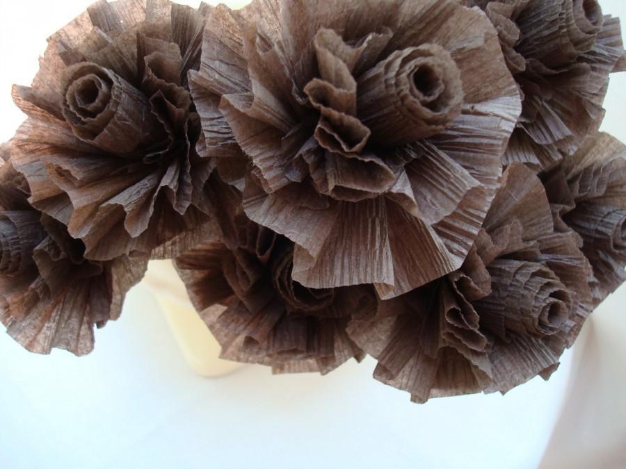 Свадьба - 7 Chocolate Brown Wedding Crepe Paper Roses...ART DECO STYLIZED FLOWERS