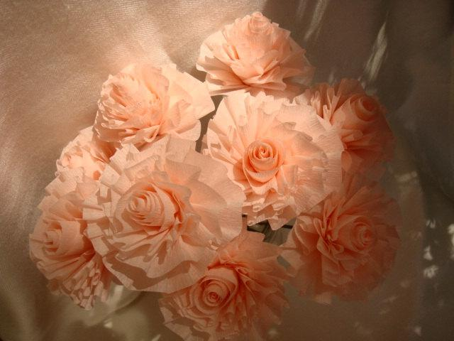 Mariage - Seven Shell Pink or Light Apricot Wedding Crepe Paper Roses on Wires...Art Deco Stylized Flowers