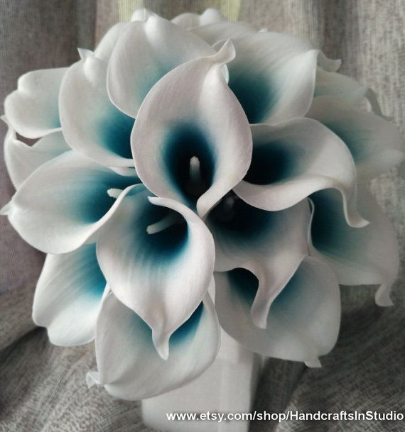 Calla Lily Bouquet Flowers 10 Stems Oasis Teal Picasso Calla Lilies Real Touch Bridal Bouquet Faux Flowers For Wedding Centerpieces #teal