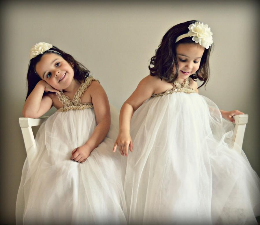 Hochzeit - MERCY (1 to 8+ Years).Toddler.Girl.Custom your OWN outfit.Tulle,lace,imperial batiste.Tutu,Flower girl dress.Weeding.Garden,tea,beach party.