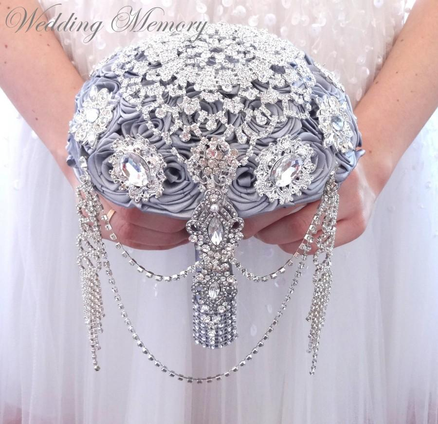 Свадьба - BROOCH BOUQUET  Cascading, jeweled alternative wedding broach bouqet silver gray princess pearl Broach bouqet