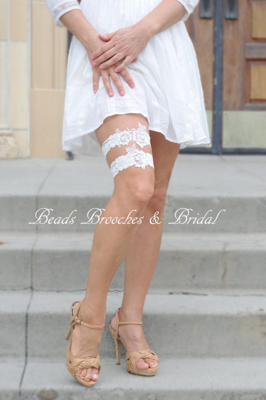Свадьба - Off-white Rose Lace Wedding Garter Set,Bridal Flower Garter,Pearls and Sequins Wedding Garter,Brial Garter Set, White Stretch Lace Garter