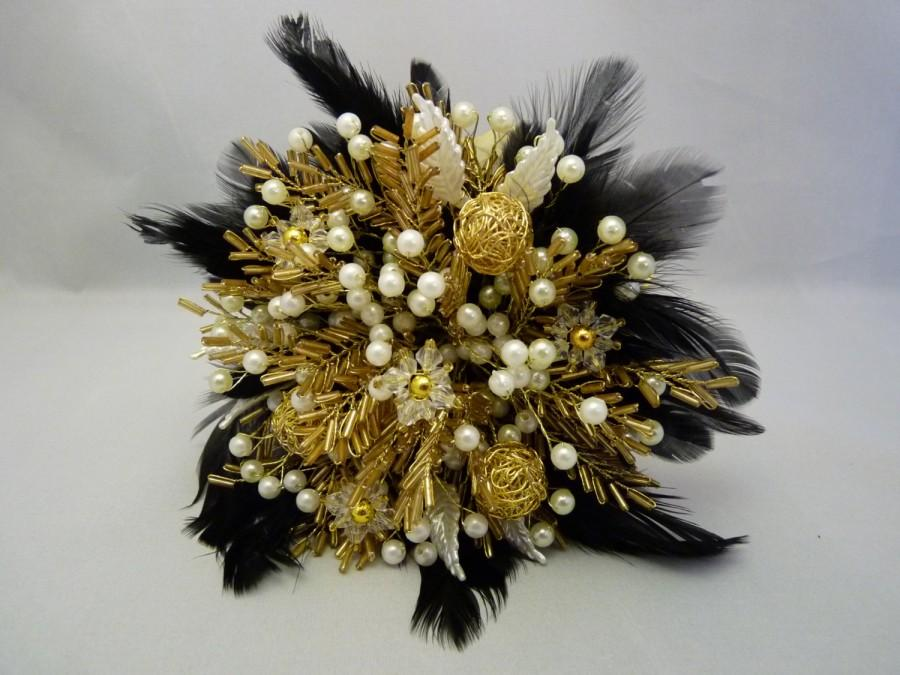 Свадьба - Bridesmaids bouquet in gold and ivory with black feather collar. Beaded bouquet, feather bouquet, brooch alternative