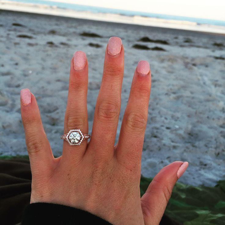 Show Me Your Round 1 1.5 Carat Engagement Rings!!!   Weddingbee