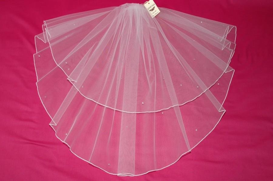 White Wedding Veil 2 Tier Crystal Diamante Edge Any Length Or Colour LBV145 LBVeils UK