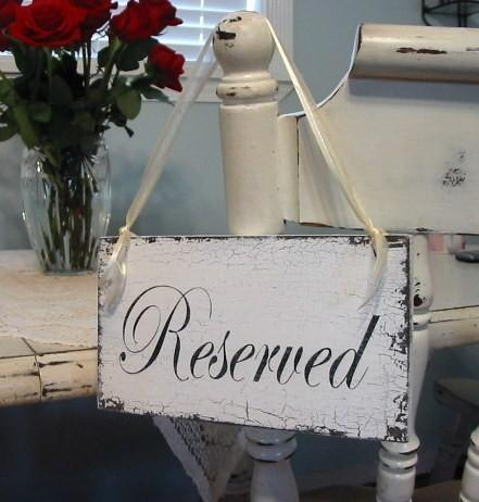 Mariage - Wedding Sign, RESERVED Sign, Reserved, Bride and Groom Signs, Mr. and Mrs. Table Signs, Wedding Party Sign, 9 x 5