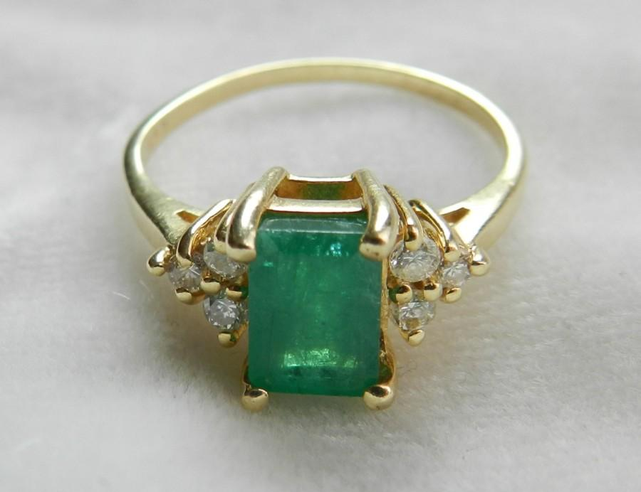 Emerald Ring 14K Gold Ring 1.8 Ct Colombian Emerald Engagement Ring Unique  Engagement Ring Diamond Emerald Ring May Birthstone May Birthday