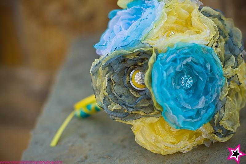 Hochzeit - Build Your Own Organza Button Bouquet Set