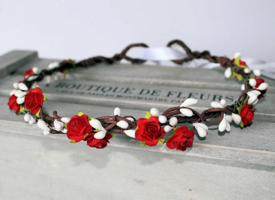 Hochzeit - Mini Red Rose and White Pip Berries Halo, Floral Crown, Flower Girl Garland, Bridesmaid, Rustic Boho wedding