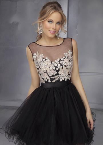 Wedding - Scoop Zipper Tulle Sleeveless Black Appliques Ruched Short