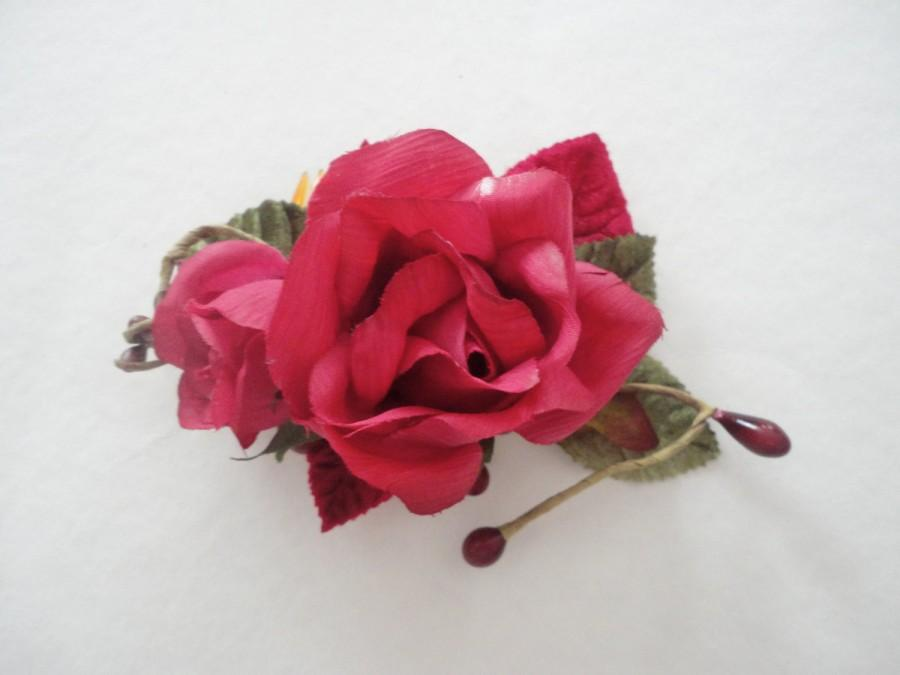 Wedding - Red and Green Rose Hair Comb, Wedding Hair Comb, Rose Hair Decoration, Vintage Look Accessory, Hair Accessory, Festival Hair Comb, Dark Pink
