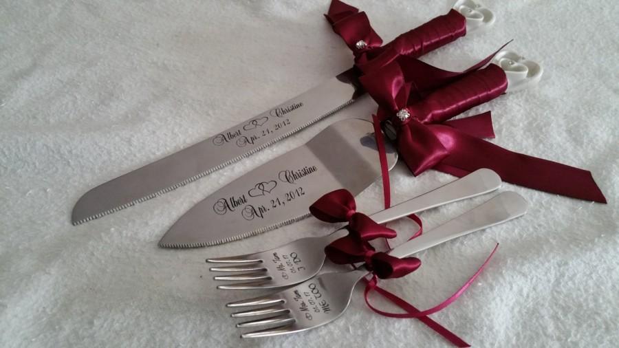 Mariage - Laser engraved personalized wedding interlocking hearts design cake knife-server and forks set,  Weddings, Anniversary, custom gift,