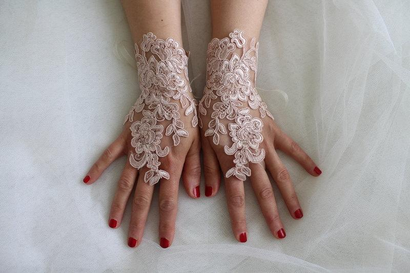 Mariage - french lace,  pink lace wedding gloves, costume gloves,bridal gloves, free shipping!