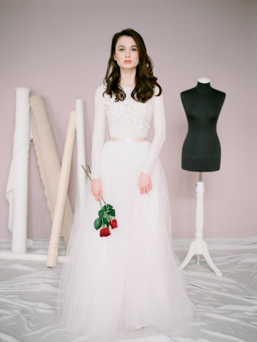 Mariage - Amy // Lace wedding dress / Wedding gown with long sleeves / Blush wedding dress / Modest wedding dress / Colored wedding gown / Coloured