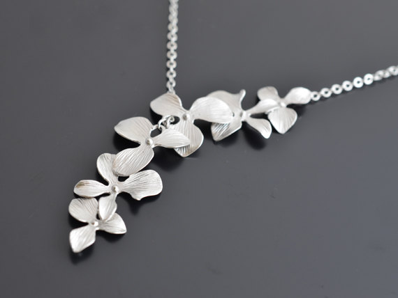 Свадьба - SALE, Beautiful lariat orchid silver necklace, Wedding necklace, Bridesmaid gift, Flower, Anniversary, Mother's Day Gift, Christmas gift