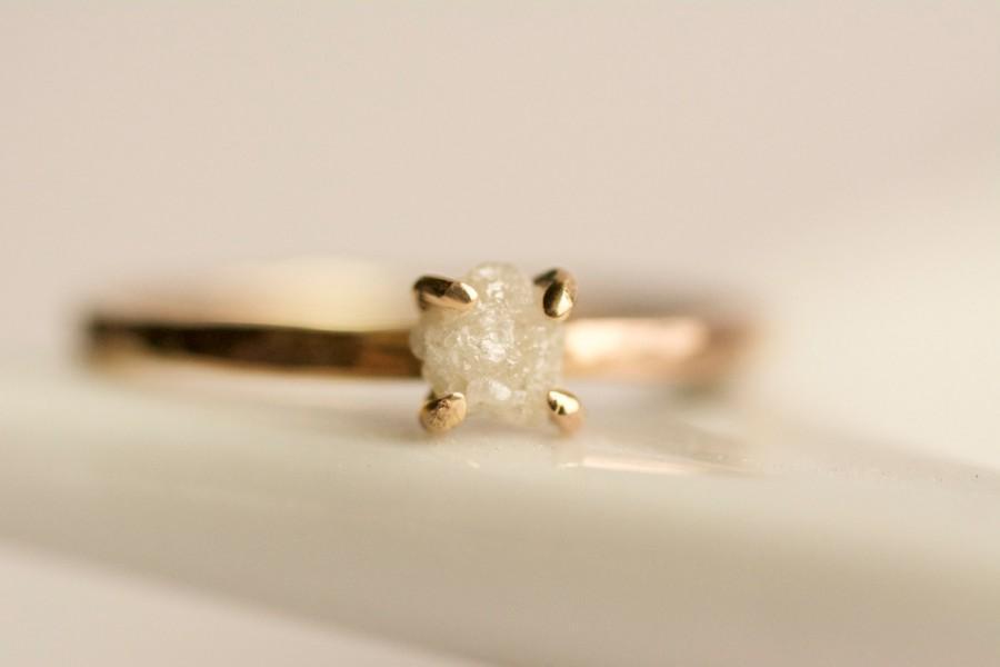 زفاف - Rough Diamond Engagement Ring. Raw Diamond Ring. White Diamond Ring. Raw White Diamond Ring. Rose Gold Diamond Engagement Ring.