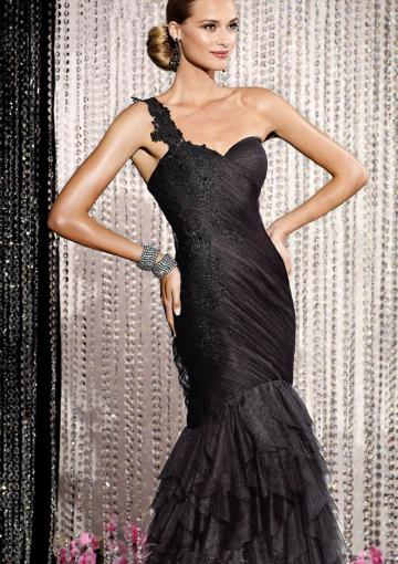 Свадьба - One Shoulder Appliques Zipper Ruffles Tiers Black Floor Length Mermaid