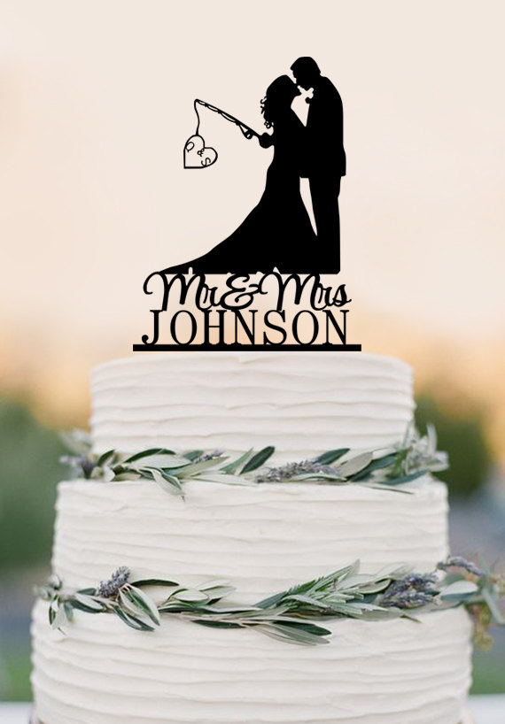 Mariage - Wedding Cake Topper - Mr and Mrs- Personalized topper, Hooked on Love,fishing couple