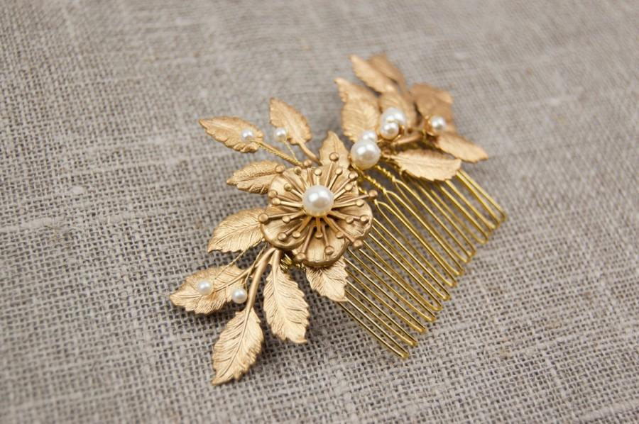 Wedding - Flower and leaf hair comb - Gold wedding hairpiece -Grecian hair piece - Gold leaf comb - Gold leaf headpiece - Gold comb - Bridal comb