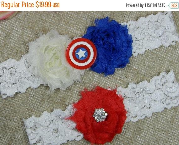 زفاف - SUPER SALE Captain America Wedding Garter, Superhero Bridal Garter and Toss Garter Set, Royal Blue Ivory and Red Flower Lace Garter, Geeky G
